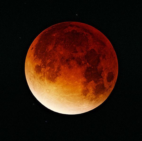 601px-Lunar-eclipse-09-11-2003.jpg