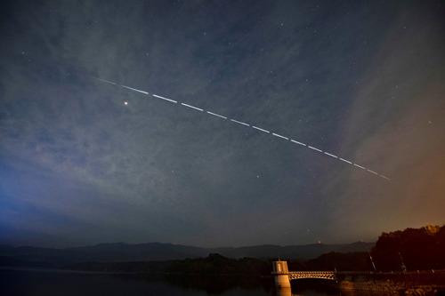 D850 ISS 満濃池-4Mc.jpg